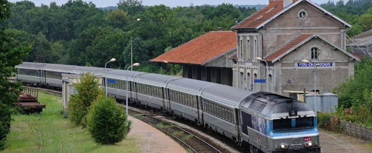 Ligne SNCF Reims-Fismes-Fère en Tardenois-La Ferté Milon-Paris