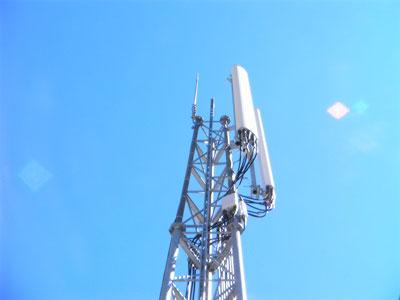 Antennes relais : réduire les expositions du public aux ondes