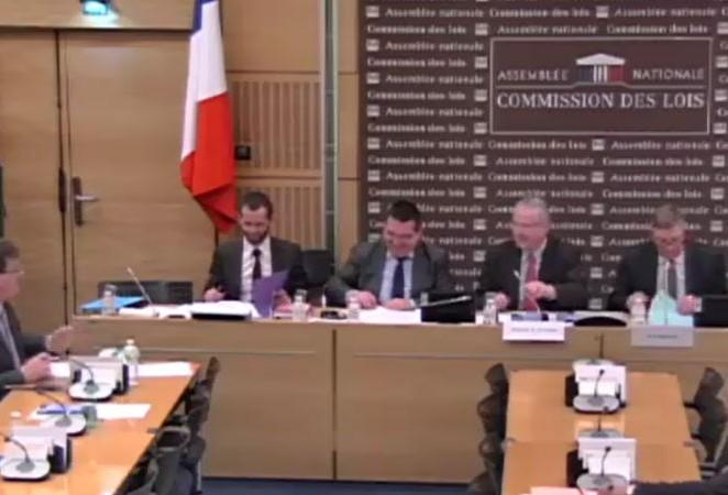Simplifier la naturalisation pour les candidats francophones